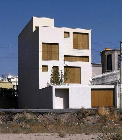 خانه بهداد / محسن عطارها: رتبه دوم گروه مسکونی تکواحدی جایزه معمار 1398