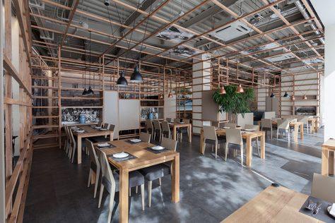رستوران بریم / سارا خطیبی: رتبه دوم گروه بازسازی ساختمانهای عمومی دهمین جایزه معماری داخلی ایران