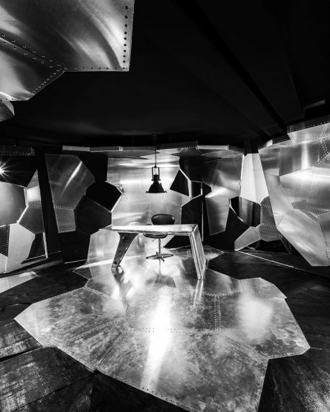 آویاتور باکس / حامد مرادی الشتر: رتبه سوم مشترک گروه بازسازی ساختمانهای عمومی دهمین جایزه معماری داخلی ایران