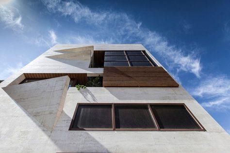ساختمان مسکونی خانه کوچک، اصفهان / مسیح فضیله: رتبه سوم مشترک گروه مسکونی آپارتمانی جایزه معمار 1396