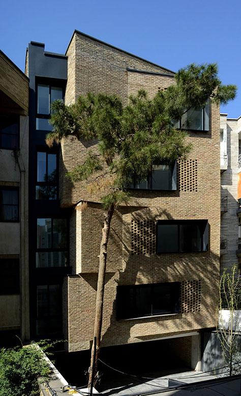 آپارتمان مسکونی ویلا / استودیو ارش بعد چهارم فضا (علیرضا شرافتی، پانتهآ اسلامی) | فینالیست فستیوال جهانی معماری 2017 در گروه مسکن جمعی، بخش ساختمانهای ساختهشده