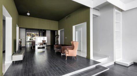 Fifth Week, A Renovation / Pi Architects
