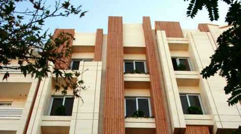 Bahonar-10 Residential Building / Abar Consulting Engineers