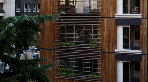 Zafaraniyeh Residential Building / Line Architecture Office