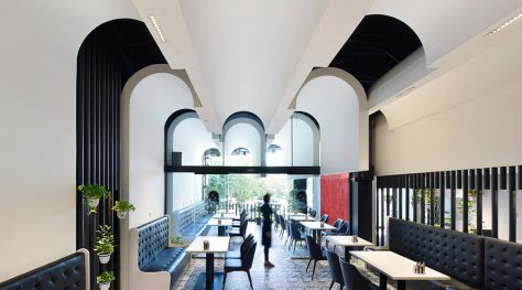 Lomenz Restaurant / Kanisavaran Architectural Group