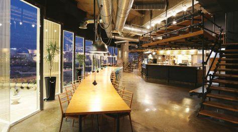 Daarbast Cafe / Ashari Architects