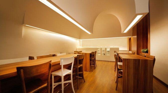 Jusmir Cafe / Kanisavaran Architectural Group