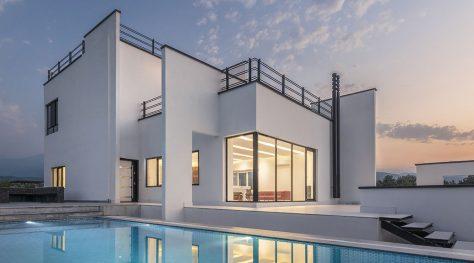 Rostam White Villa / Mohammad Reza Kohzadi