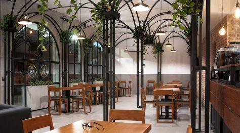 Metro Cafe / Pi Architects